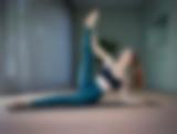 Selbstporträt beim Pilates
